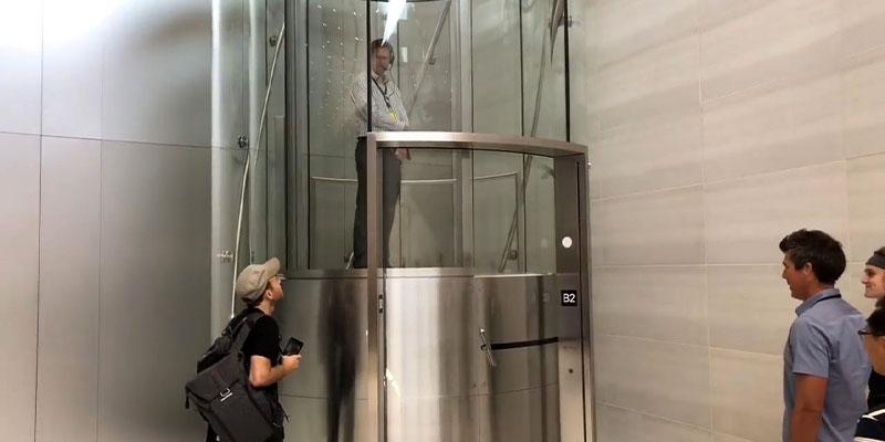 غلبه بر ترس از آسانسور